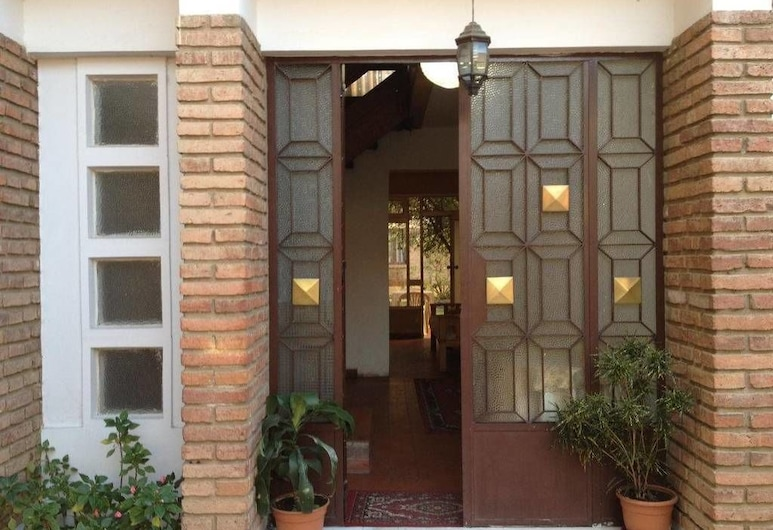 El Jardin Suites and Guest House, Cochabamba, Hoteleingang