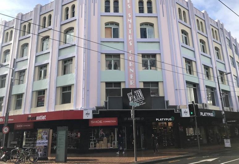 Aura Hotel, Wellington, Hotel Front