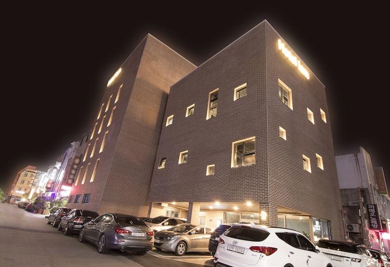 Hotel iam, Suncheon, Mặt tiền khách sạn - Ban đêm