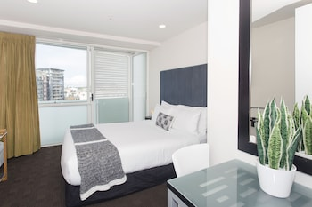 Picture of TOWNY - Studio Apartment with Sea Views in Auckland