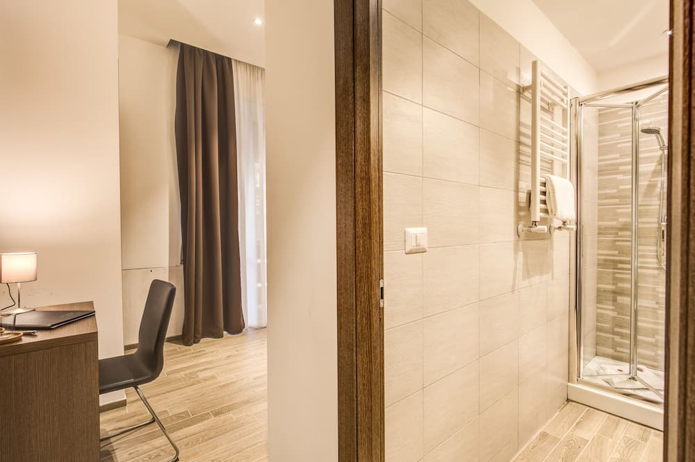 Standard Triple Room - Bilik Tamu