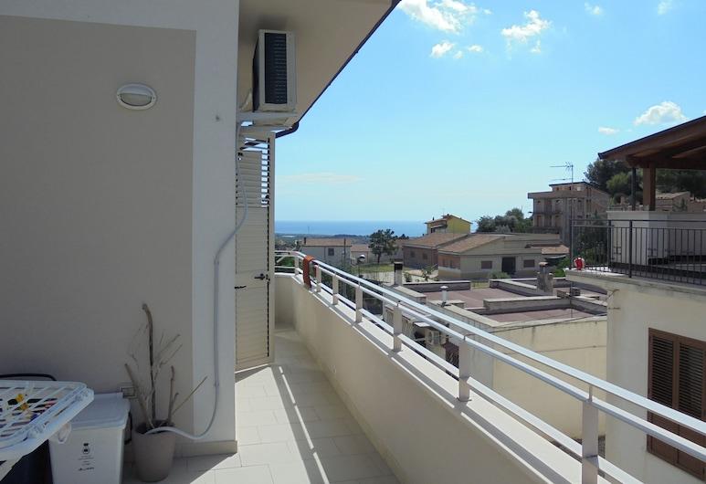 B&B La Poesia, Rocca Imperiale, Terrace/Patio