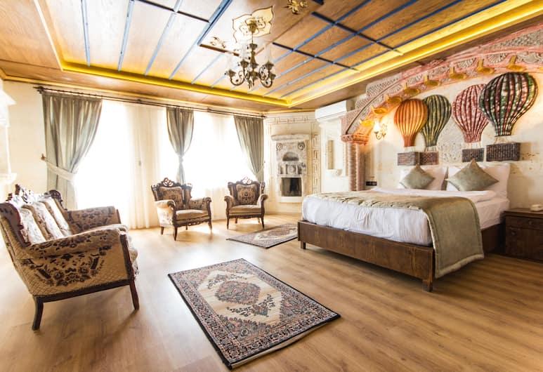 Empire Cave Hotel, Nevsehir, Perhesviitti, 2 makuuhuonetta, Parveke, Vierashuone