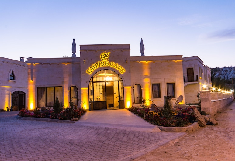 Empire Cave Hotel, Nevsehir, Hotel Front – Evening/Night
