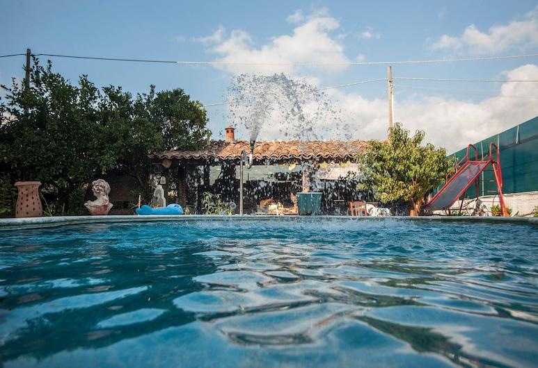 B&B Magna Grecia, Lamezia Terme, Pool Waterfall