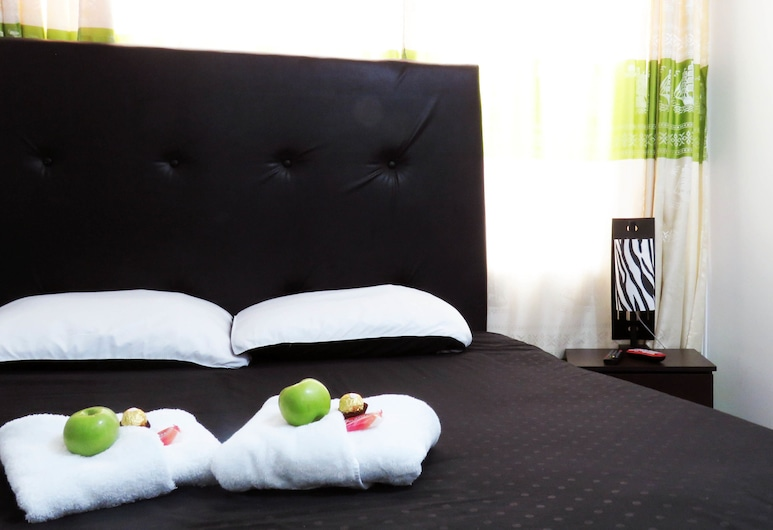 Hotel Bogota House, Bogotá, Family Room, Multiple Beds, Guest Room