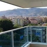 Grand Apartment, 2 Bedrooms, Kitchen - Balcony