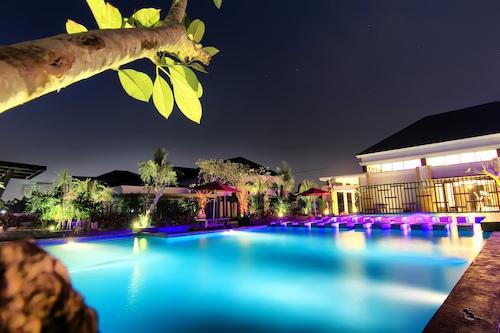 Book The Baliview Luxury Villas Resto In Pekanbaru Hotels Com