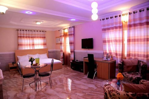 Book Dilida Guest Suites in Abuja | Hotels.com