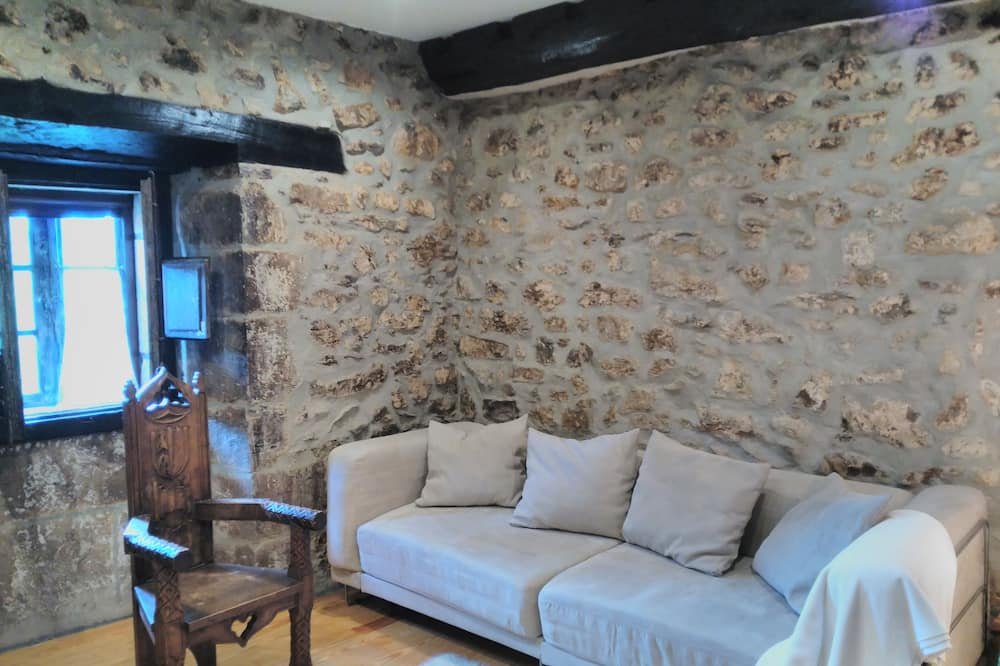 Superior Double Room, 1 Bedroom - Living Area