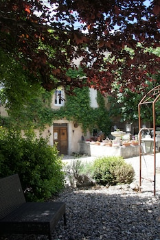 תמונה של La Maison du Manoir Chambres d'Hôtes - Guest House בורנאסי