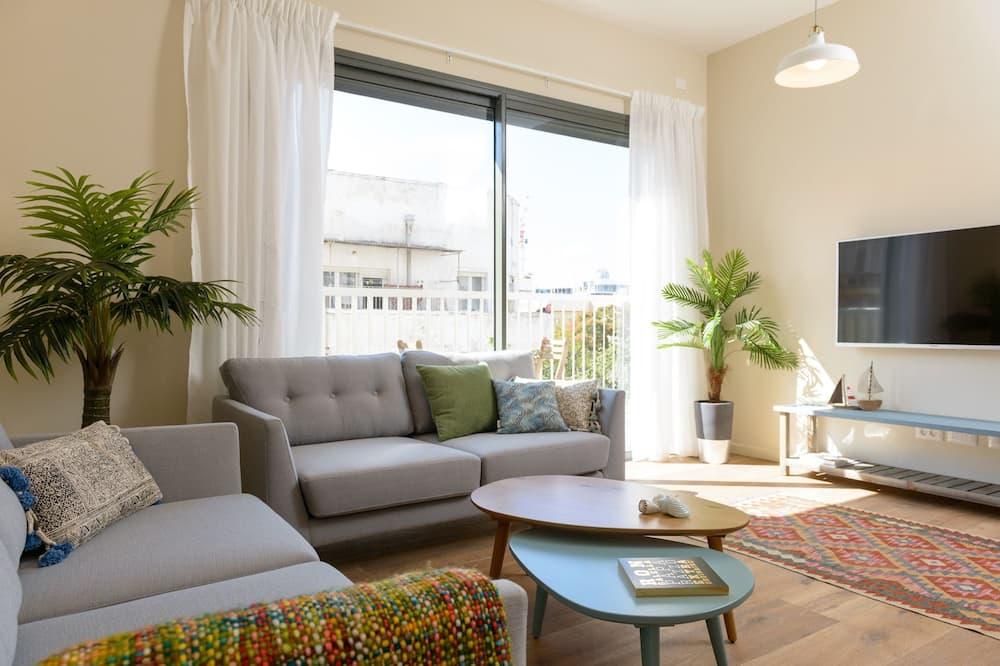 Apartment, 1 Bedroom, Balcony, City View (Sheinkin 30) - Living Room