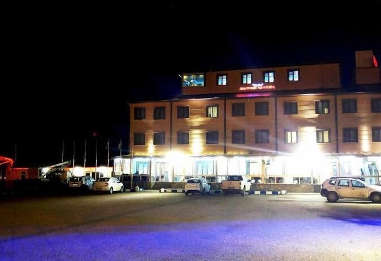 Butik Ertur Hotel, Dogubayazit, Hotel Front – Evening/Night