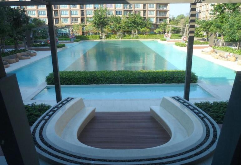 潘寧瑟拉班恩蘇洛美酒店, 七岩, 室外泳池