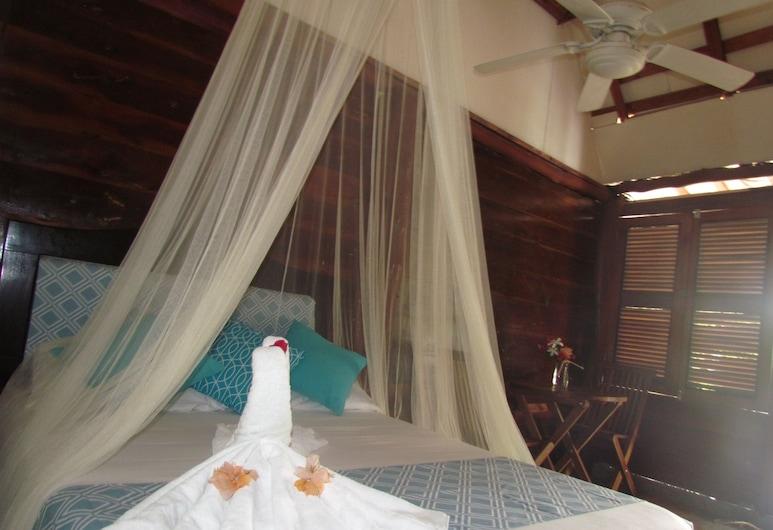 Cabañas Los Palomos by SA'AM, Mahahual, Standard Cabin, 1 Double Bed, Refrigerator (Eco cabin, No air conditioner), Guest Room