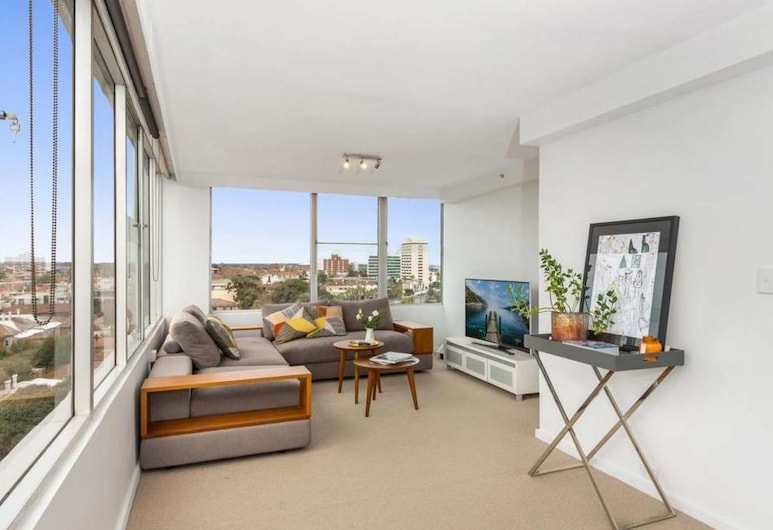St Kilda Penthouse with Panaromic Bay and City View, St Kilda West, Apartment, 3 Bedrooms, Living Area