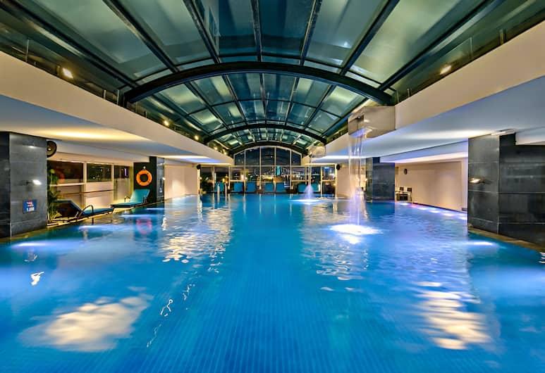 Zen Diamond Suites Hotel, Danangas, Vidaus baseinas