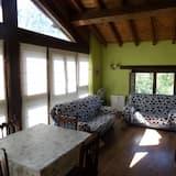 Apartment, 2 Bedrooms (Redo) - Living Room