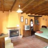 Apartment, 2 Bedrooms (Mogroviejo) - Living Room
