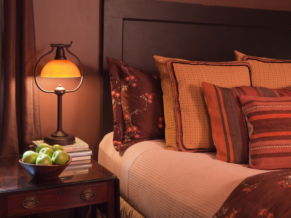 book peabody house historic inn and cottages in eureka springs