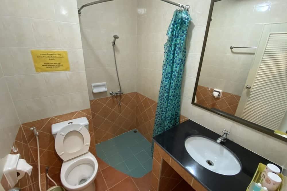 Standard Double Room - Banyo