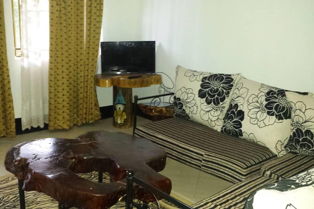 Deluxe Room, 1 Bedroom, Garden View - Living Area