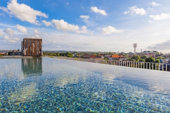 Picture of Suites by Watermark Hotel and Spa Bali in Kedonganan