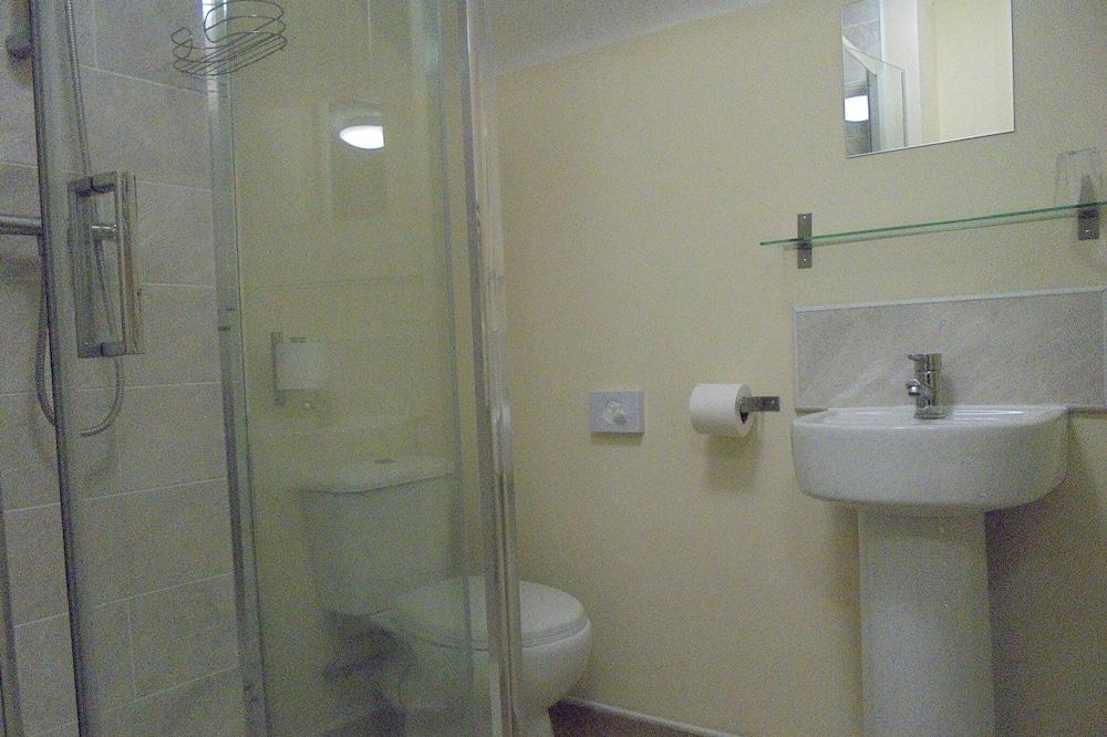 Comfort enkelrum - eget badrum (Main Building) - Badrum