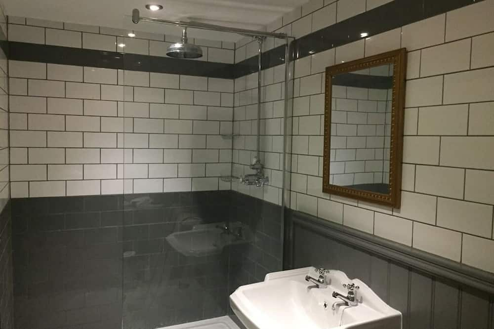 Luxury Double Room, Ensuite (The Narrowgate) - Bathroom