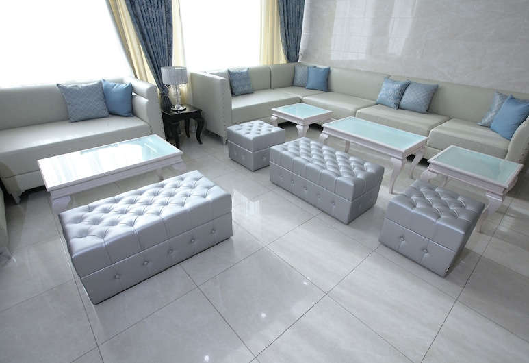 Snowy Owl Hotel, Krasnoyarsk, Living Area
