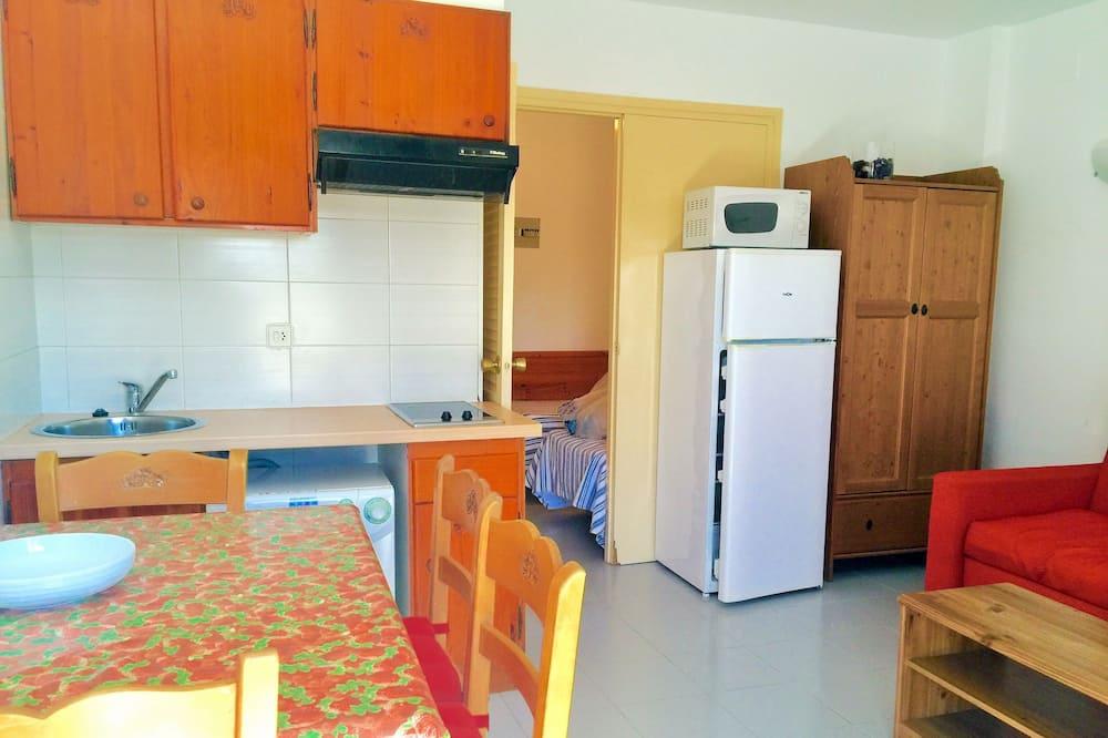 Rodinný apartmán, 1 spálňa, prístup k bazénu, výhľad na hory - Stravovanie v izbe