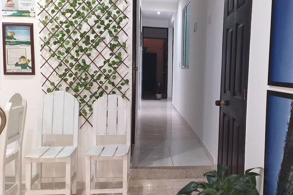Habitación individual económica, baño privado - Sala de estar