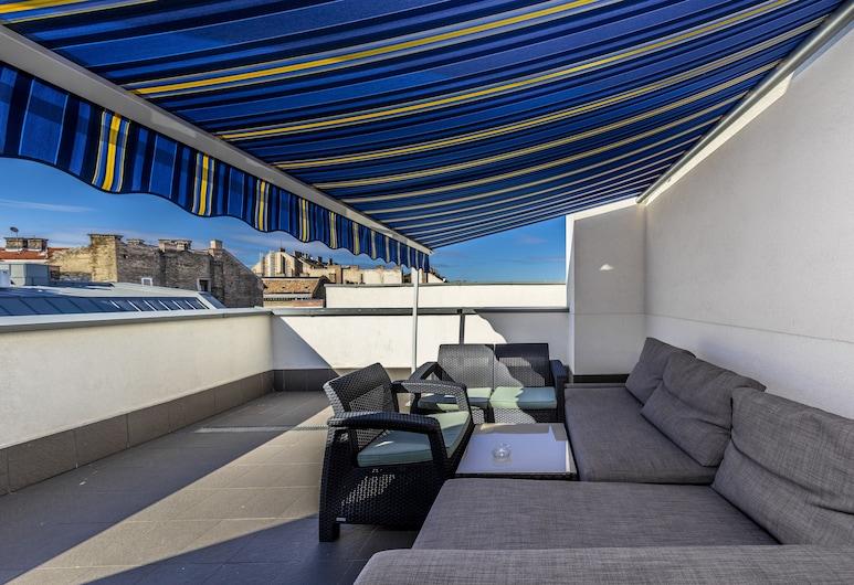 Enjoy Budapest Aparthotel, Budapeszt, Apartament typu Deluxe Penthouse, Pokój