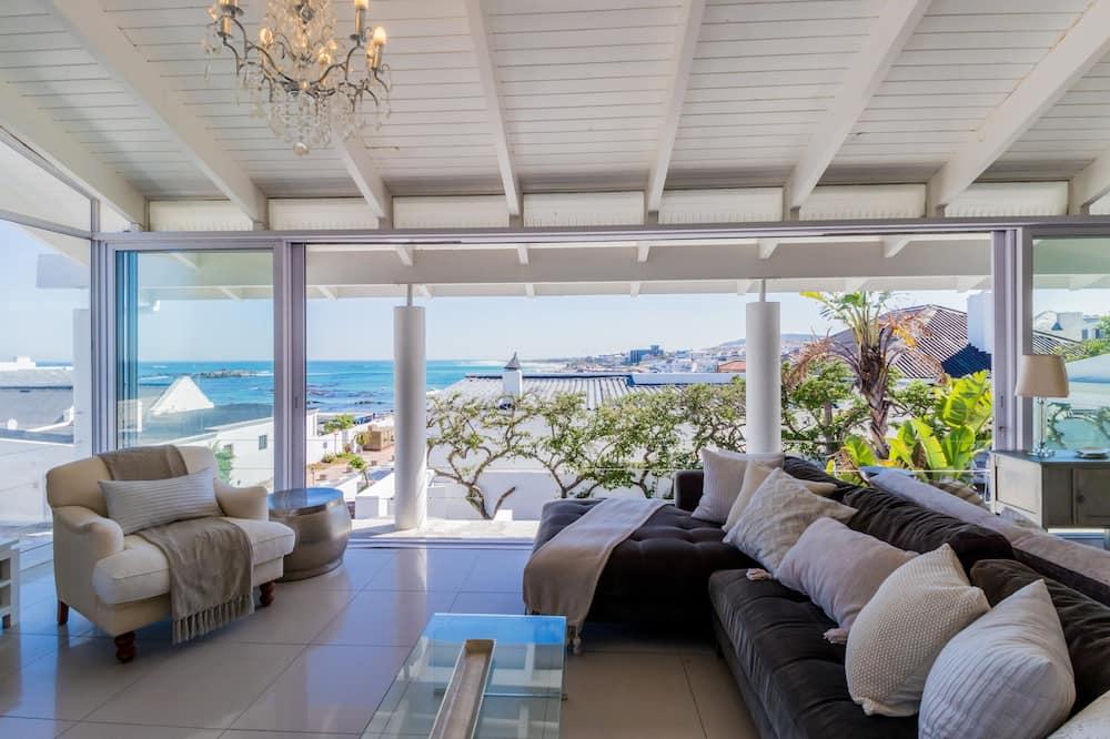 ลักซ์ชัวรี่วิลล่า, 4 ห้องนอน, วิวทะเล, ริมทะเล - พื้นที่นั่งเล่น