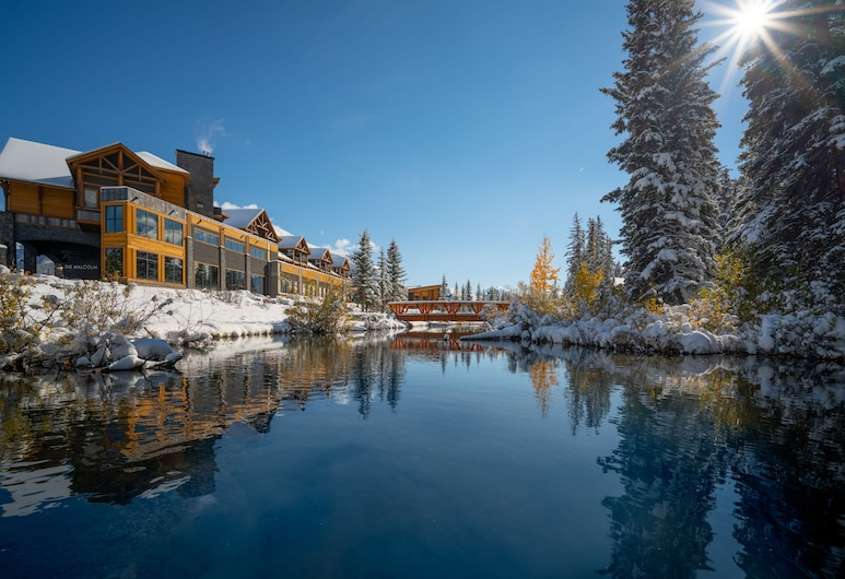 The Malcolm Hotel by CLIQUE, Canmore, Bahagian Luar