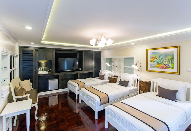 The Ritz Aree, Bangkok, Family Room, Multiple Beds, Non Smoking, Guest Room