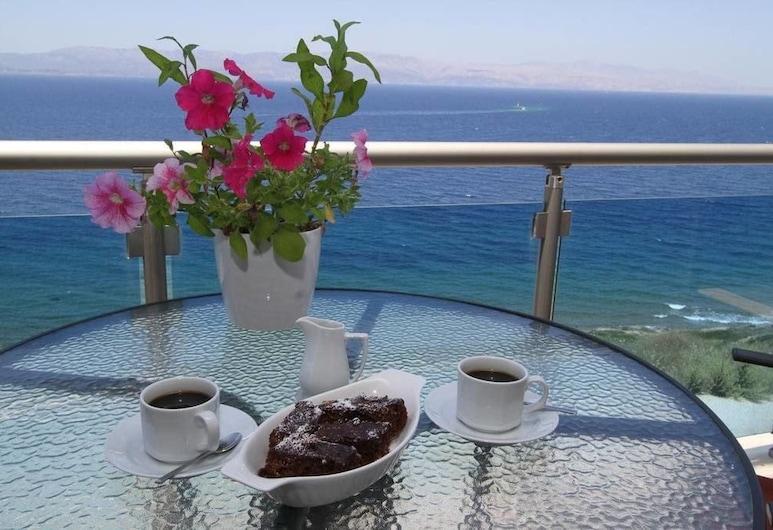 Fener Hotel Cafe & Kahvalti, Cesme, Teras/Veranda