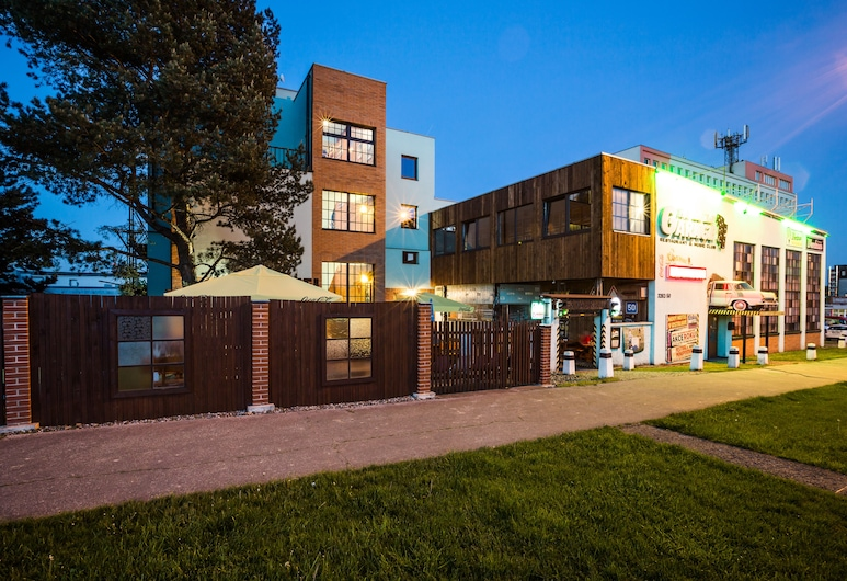 Retro Hotel Garage, Ostrava