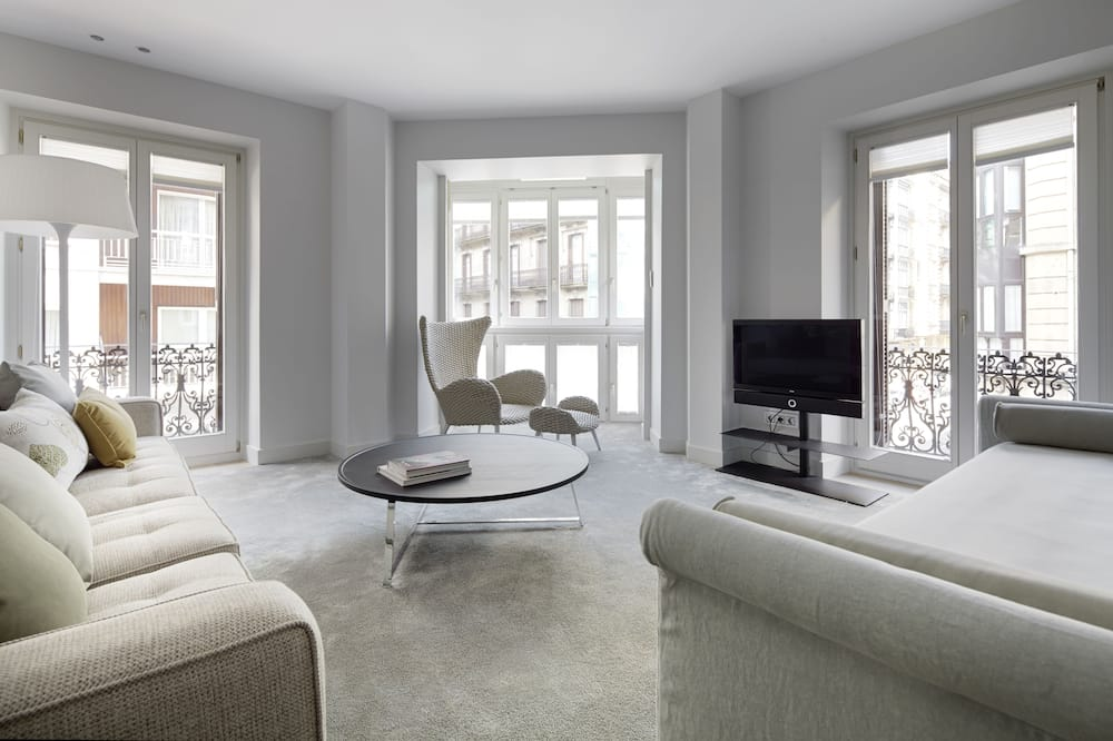 Luksusa dzīvokļnumurs, trīs guļamistabas - Dzīvojamā istaba