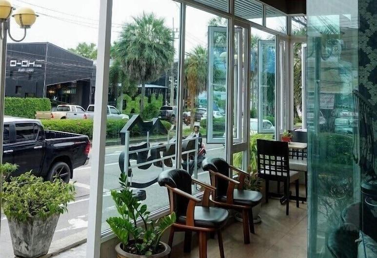 Phupara Place, Phuket, Hotel Entrance