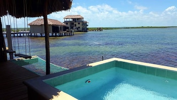 Foto Lina Point Belize Overwater Resort di San Pedro