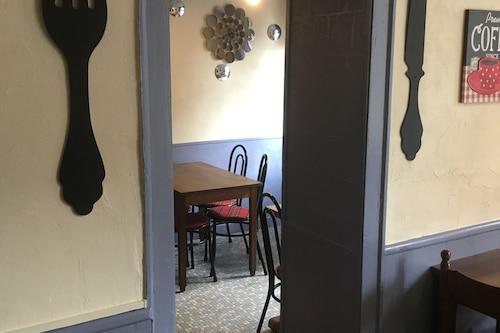 艾盧艾盧酒店/