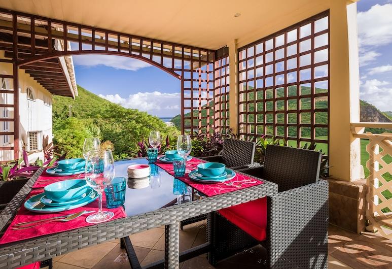 Flamboyant Villa, Gros Islet, Family Villa, 3 Bedrooms, Partial Ocean View, Terrace/Patio
