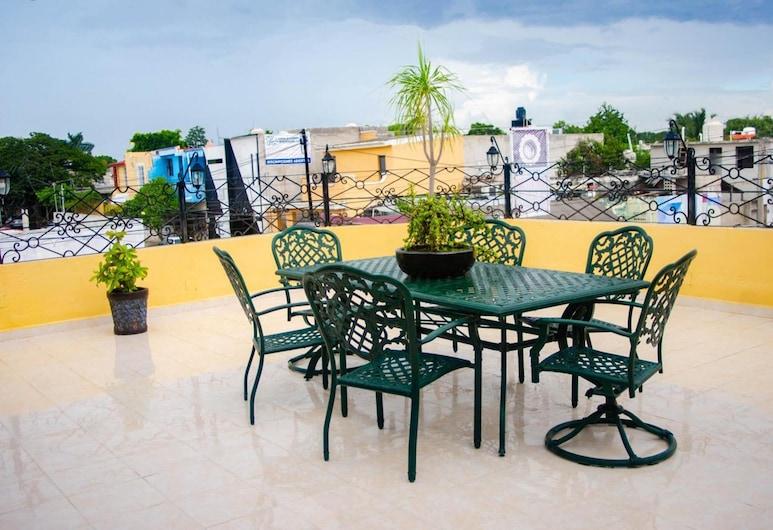 OYO Villa Angeles, Campeche, Terraza o patio