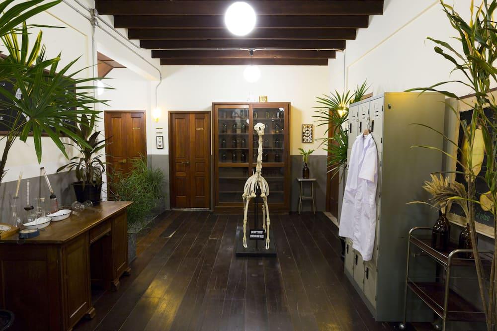 Family Shared Dormitory, Mixed Dorm - Bilik mandi