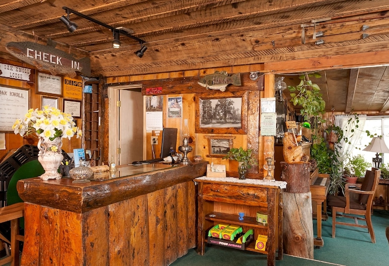 橡鐘小屋旅館, 大熊湖, 櫃台