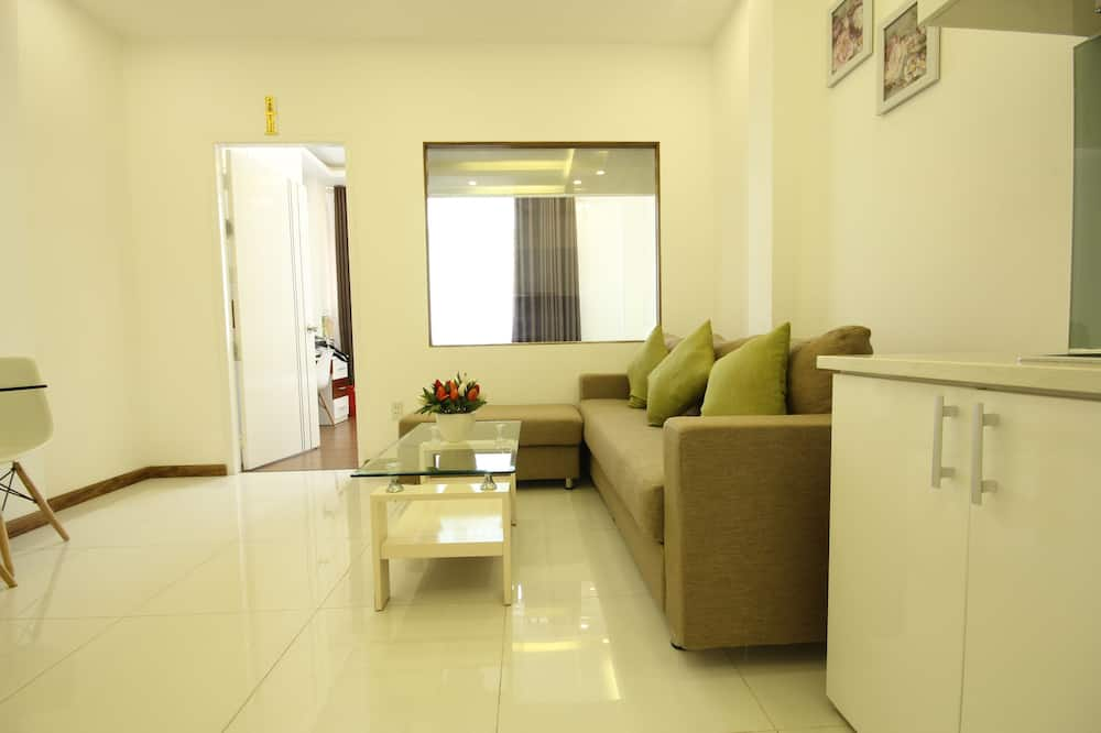 Deluxe Apartment, 1 Bedroom, Accessible, Kitchen - Living Room