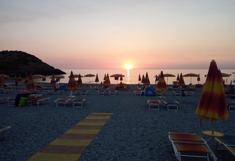Riviera Azzurra Bed and Breakfast, Диаманте, Пляж