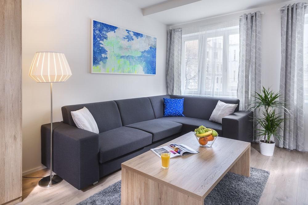Apartemen Comfort, 1 kamar tidur, dapur - Ruang Keluarga