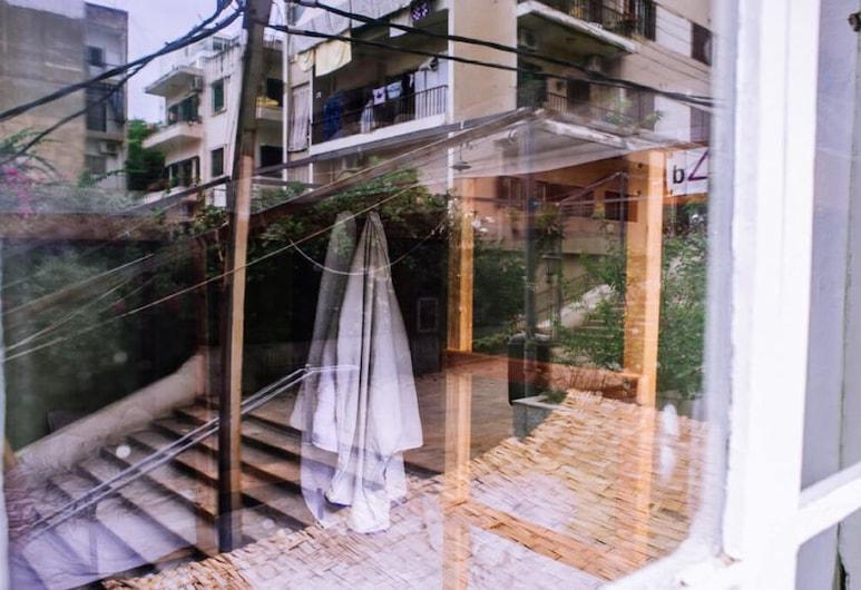 The Grand Meshmosh Hotel, Beirut, Ausblick vom Zimmer